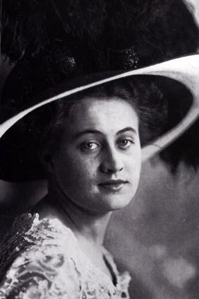 Dorothy Gibson portrait