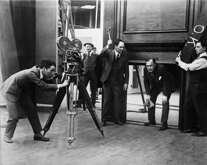 Chaplin Buster Comique set
