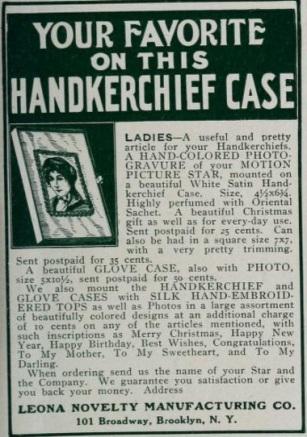 Handkerchief case mot pic mag '15