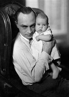 Conrad Veidt baby viola