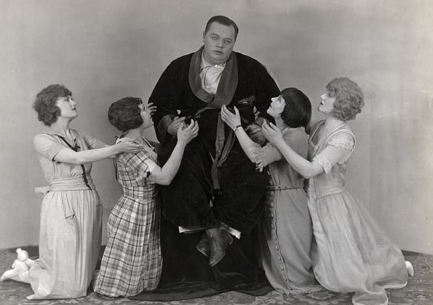 """Roscoe """"Fatty"""" Arbuckle and Virginia Rappe (Fake News: Fact Checking  Hollywood Babylon Episode 3) — You Must Remember This"""